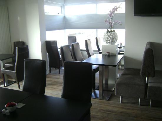 Hotel de Koningshof Noordwijk: Breakfast room
