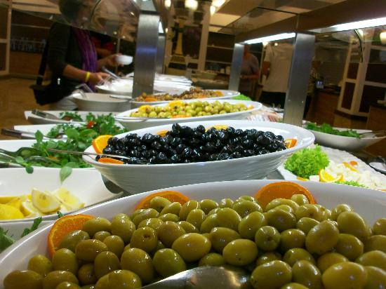 Jacaranda Club & Resort: Buffet