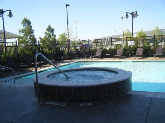 هيات بليس دالاس/جالاند/ريتشاردسون: outdoor pool and spa