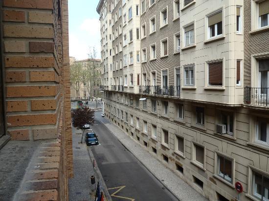 هوسا زاراجوزا رويال: Vistas de la habitacion