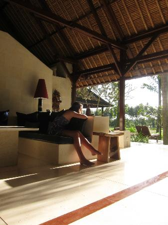 Villa Pantulan: relaxing before we go to dinner in town