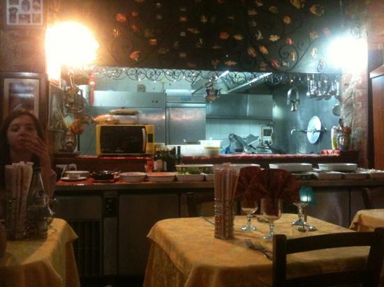 La Grotta Azzurra: cucina a vista