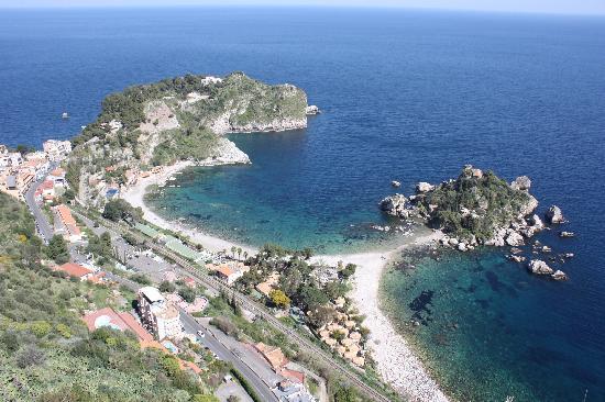 Hotel Villa Carlotta: View down to Isola Bella