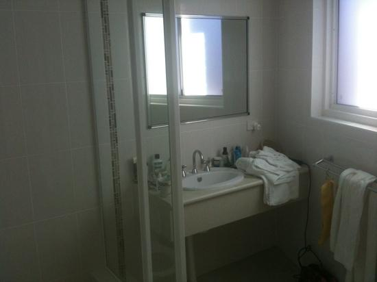 The Bellview: new bathroom!