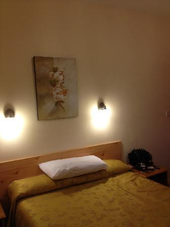 Star Hotel B&B: Bedroom