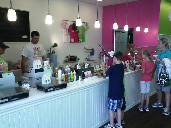 Sweet Frog Premium Frozen Yogurt : Sweet Frog!