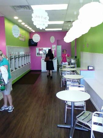 Sweet Frog Premium Frozen Yogurt : Sweet Frog - North Myrtle Beach
