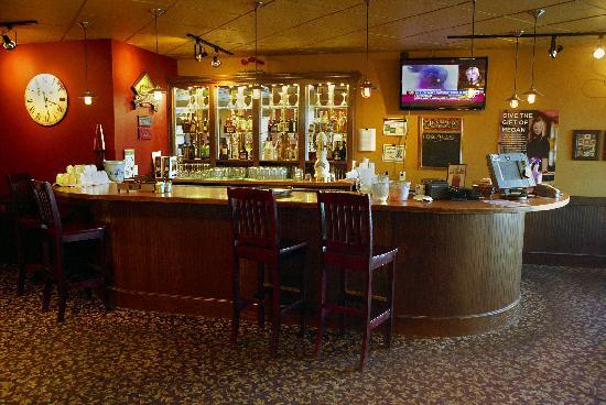 Days Inn - Nanaimo: Bar counter