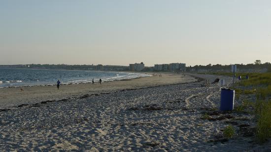 Kebek 2 Motel: marée basse au couché du soleil