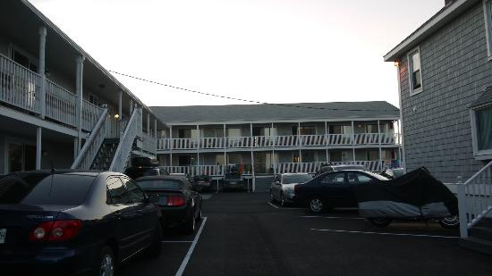 Kebek 2 Motel: vue de la plage, vers notre motel