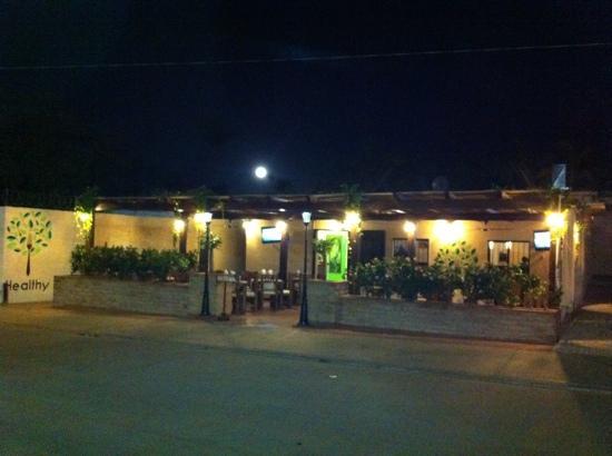 Healthy Restaurant & Wine Bar: HEALTHY RESTAURANT &WINE BAR
