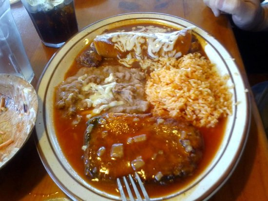 Suzy's Mexican Food: Beef Enchilada and Chile Relleno Combo-ask for whole beans