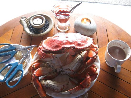 Bostrom's B&B On Little Beach Bay: Fresh crab - what a treat!