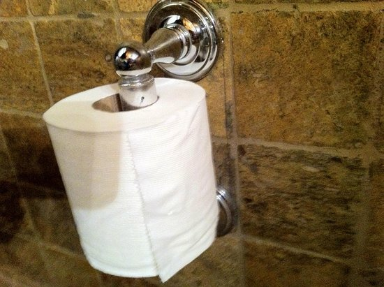 Under the Palm Cafe: Softest toilet paper in the restaurant bathroom.