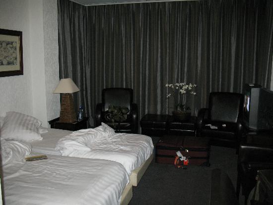 Hotel De Beurs - Room (2)