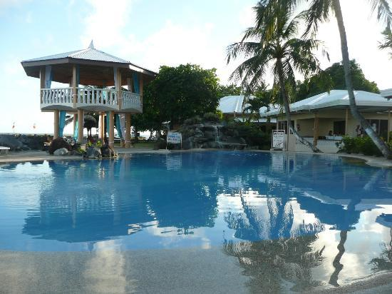 Paras Beach Resort: Swimming pool