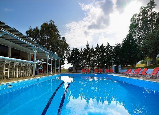 Ledra Samos Hotel: ΠΙΣΙΝΑ