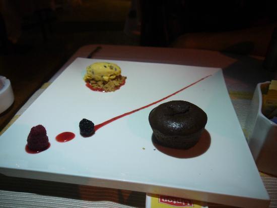 Drupas 38: chocolate fondant with passion fruit sorbet