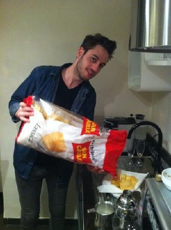 Deko Rome: Marco's giant bag of crisps