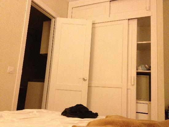 Apartamentos Guacimeta Lanzarote: bedroom