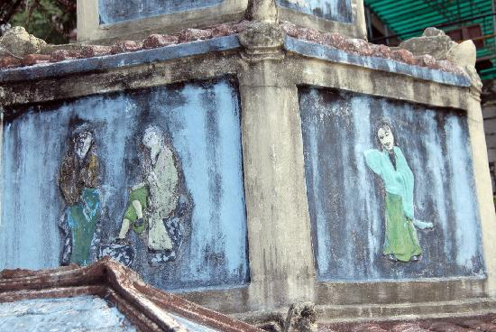 Linh Son Truong Tho pagoda: Фрески