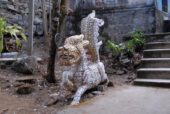 Linh Son Truong Tho pagoda: Страж
