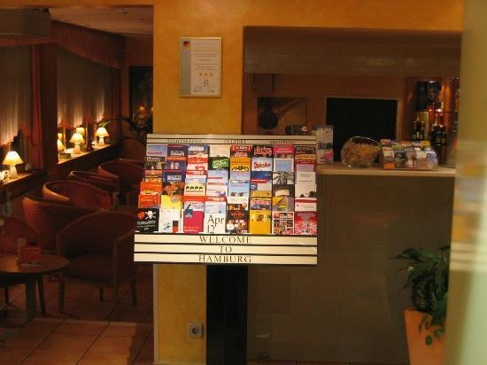 Heikotel - Hotel Wiki: Info im Eingangsbereich