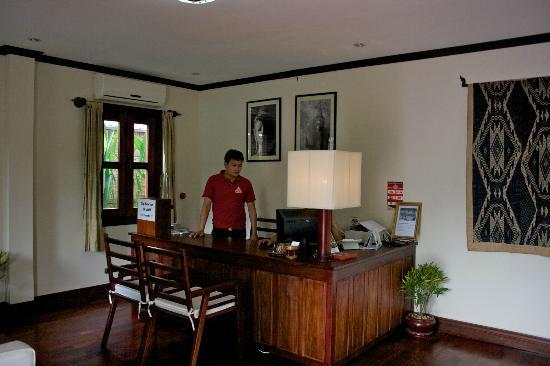 Luang Prabang Residence: Réception