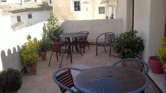 Rural Hotel Restaurant La Fasana: terraza comunitaria del 2º piso