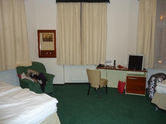 Hotel Victoria: Zimmer 104
