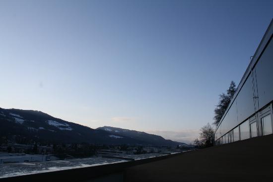 MEININGER Hotel Salzburg City Center: Blick vom Zimmer aus