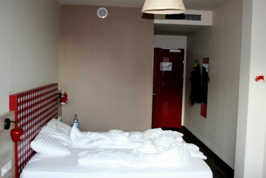 MEININGER Hotel Salzburg City Center: Zimmer