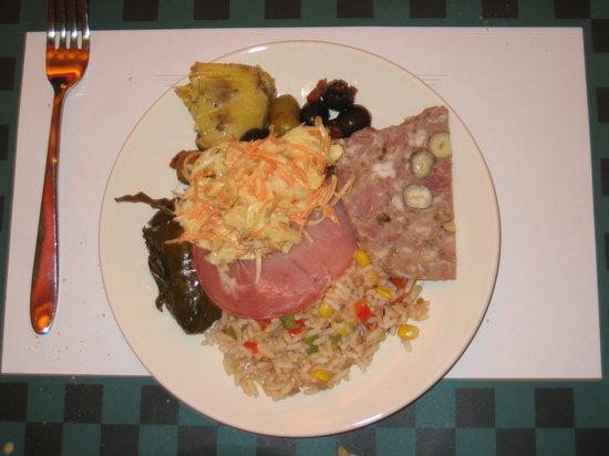 Parkside Diner: My plate of Starters.