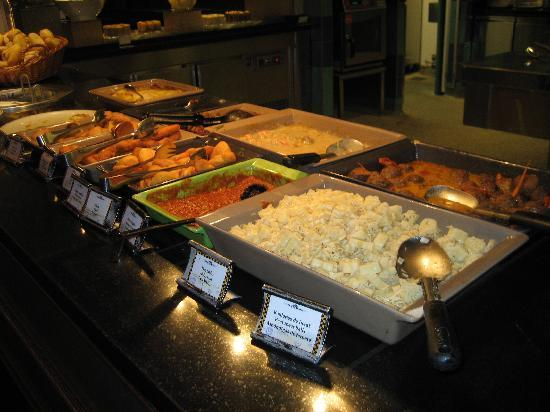 Parkside Diner: Some of the hot dishes buffet.