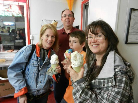Nelson's Drive Inn Dairy Store: Enjoying our ice cream at Nelson's, a family tradition!