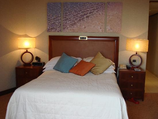 Four Seasons Hotel : Hotelzimmer zur Meerseite im 3. Stock
