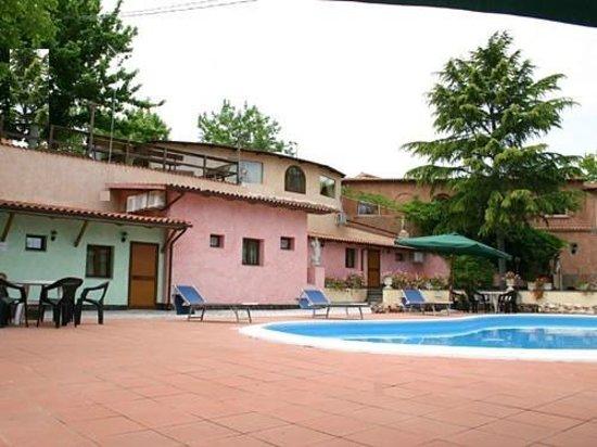 Villa Valente: complesso stanze