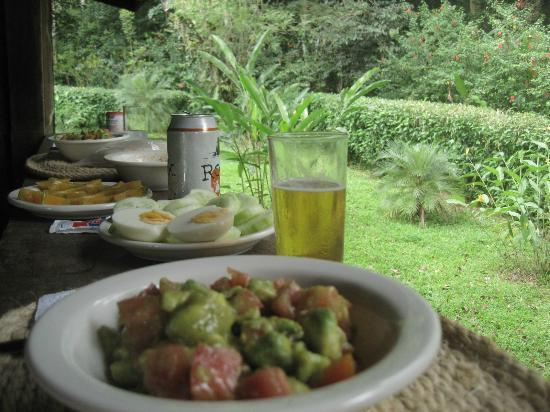 Casitas de Punta Uva: One of our tipical lunch, at the casita de toucan