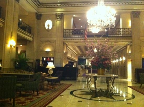 The Roosevelt Hotel: Grand entrance and lobby
