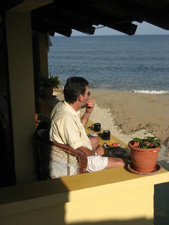 Garcia Rentals: Morning view