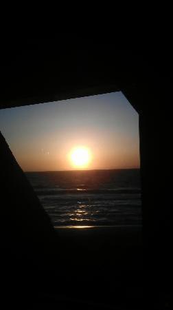 """La Costanera: Sonnenuntergang gesehen """"vom Tisch"""""""