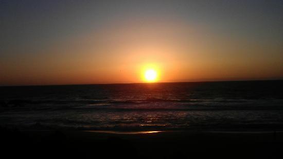 La Costanera: Sonnenuntergang am Restaurant
