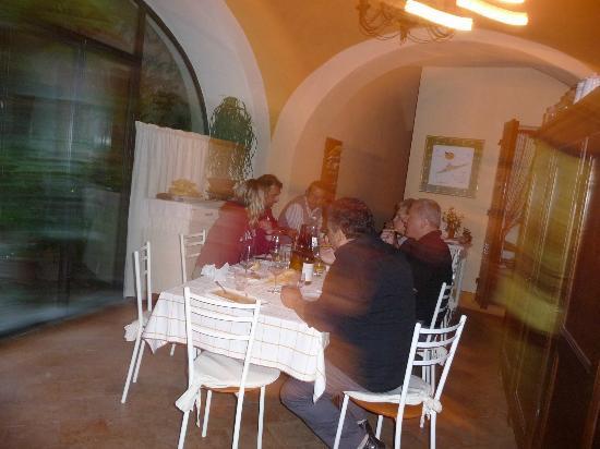 Neive, Italy: Frühstücksraum