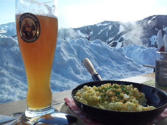 Blaickner's Sonnalm: a perfect meal on the slopes