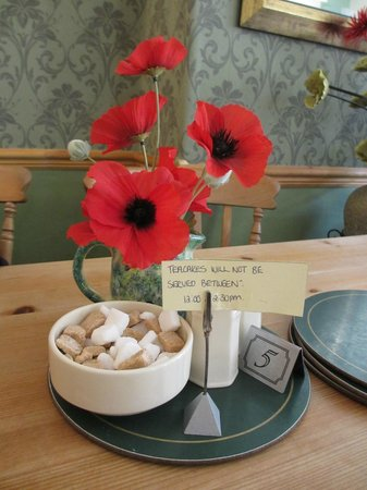 The Beck Tea Room: I was amused by the teacake note!