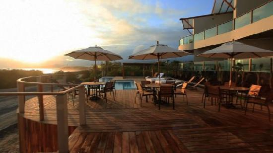 Puerto Villamil, Ecuador: Sunset at the pool deck