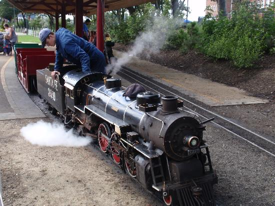 South and North Marine Parks: The Park's Santa Fe Steam Train Ride