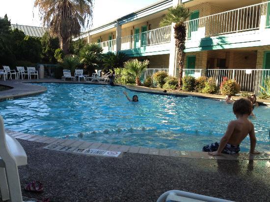 BEST WESTERN Ingram Park Inn: pool