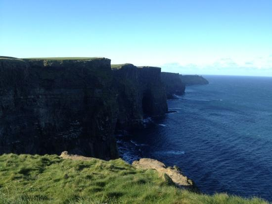 Nellie Dees: cliffs of Moher