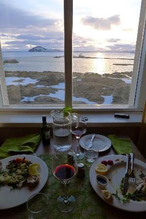 Hotel Reykjahlid Lake Myvatn From The Restaurant